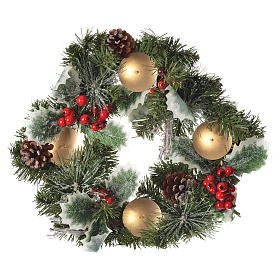Christmas home decorations: Advent wreath with berries