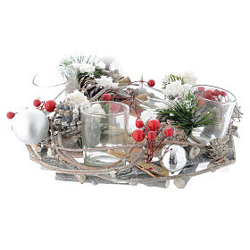 Christmas centrepiece with berries and glasses s2