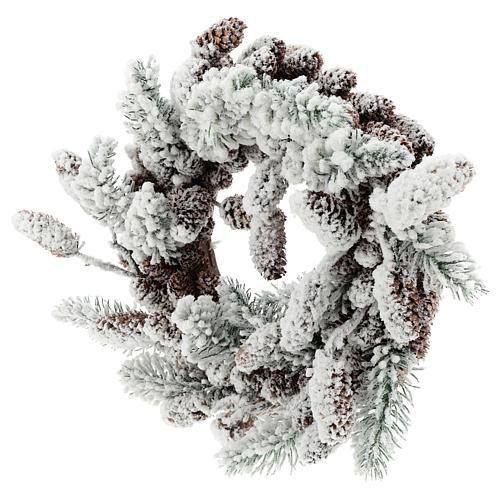 Couronne Avent avec pommes de pin et neige 33 cm 3