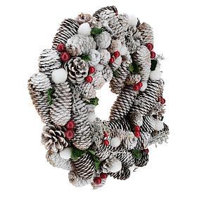 Corona de Navidad blanca piñas y acebo 33 cm s4