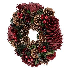 Couronne décorée Noël pommes de pin rouges et feuilles 32 cm s3