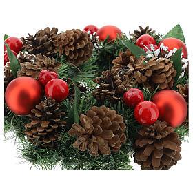 Coroa decorada Natal pinhas vermelhas e folhas 32 cm s3