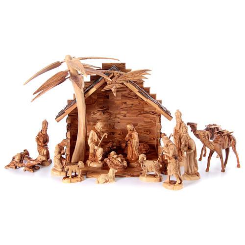 Szopka komplet ze stajenką 22 cm drewno oliwne Betlejem 1