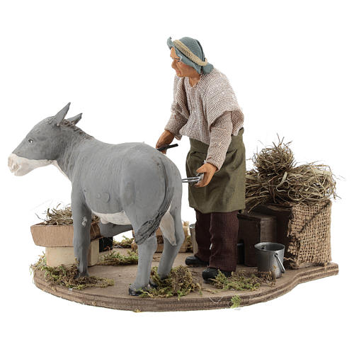 Animated nativity scene figurine, farrier at work 14 cm 4