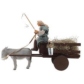 Presépio Napolitano: Magnífica cena com movimento para o presépio de Natal que representa um fazendeiro conduzindo uma carroça de palha puxada por um burro