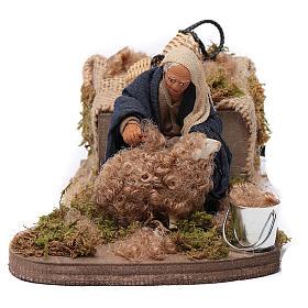Nativity scene figurine, Sheep shearer in clay10cm s1
