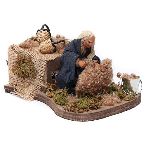 Nativity scene figurine, Sheep shearer in clay10cm 3