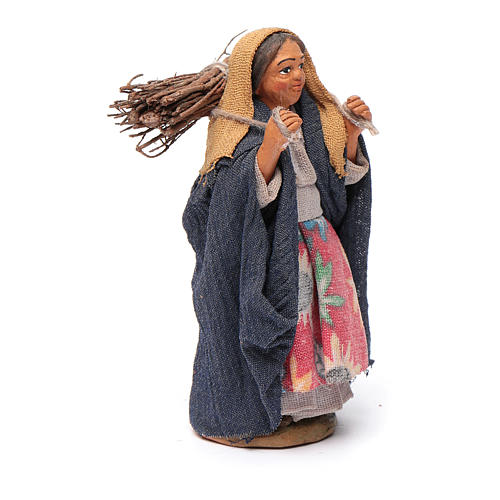 Nativity set accessory woman with firewood 10 cm clay 3