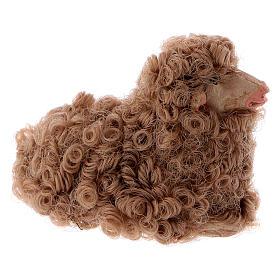 Pecorella accovacciata 12 cm colori misti s4