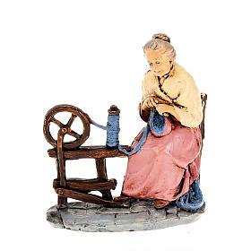 Donna che fila la lana 10 cm s1