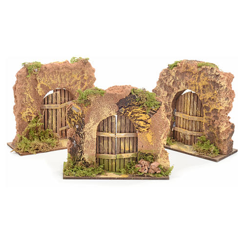Nativity set accessory, cork wall with arch door 1