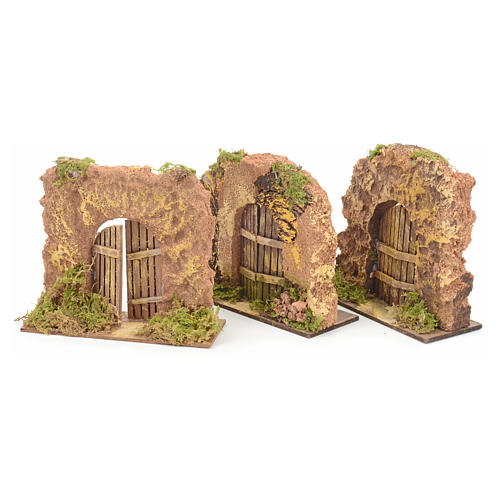 Nativity set accessory, cork wall with arch door 2