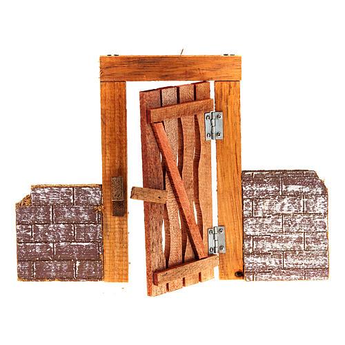 Porta in legno con stipite, cardini e muretto per presepe 1