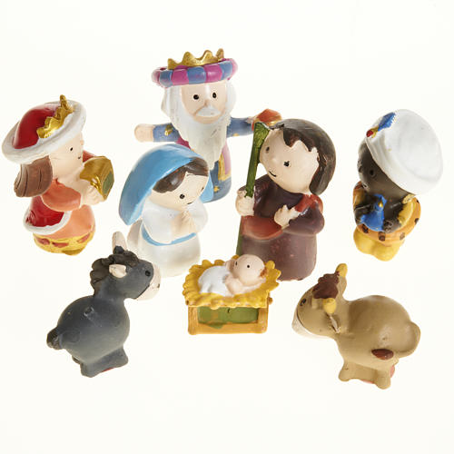 Nativity scene in coloured resin, 8 figurines 4,5cm 1