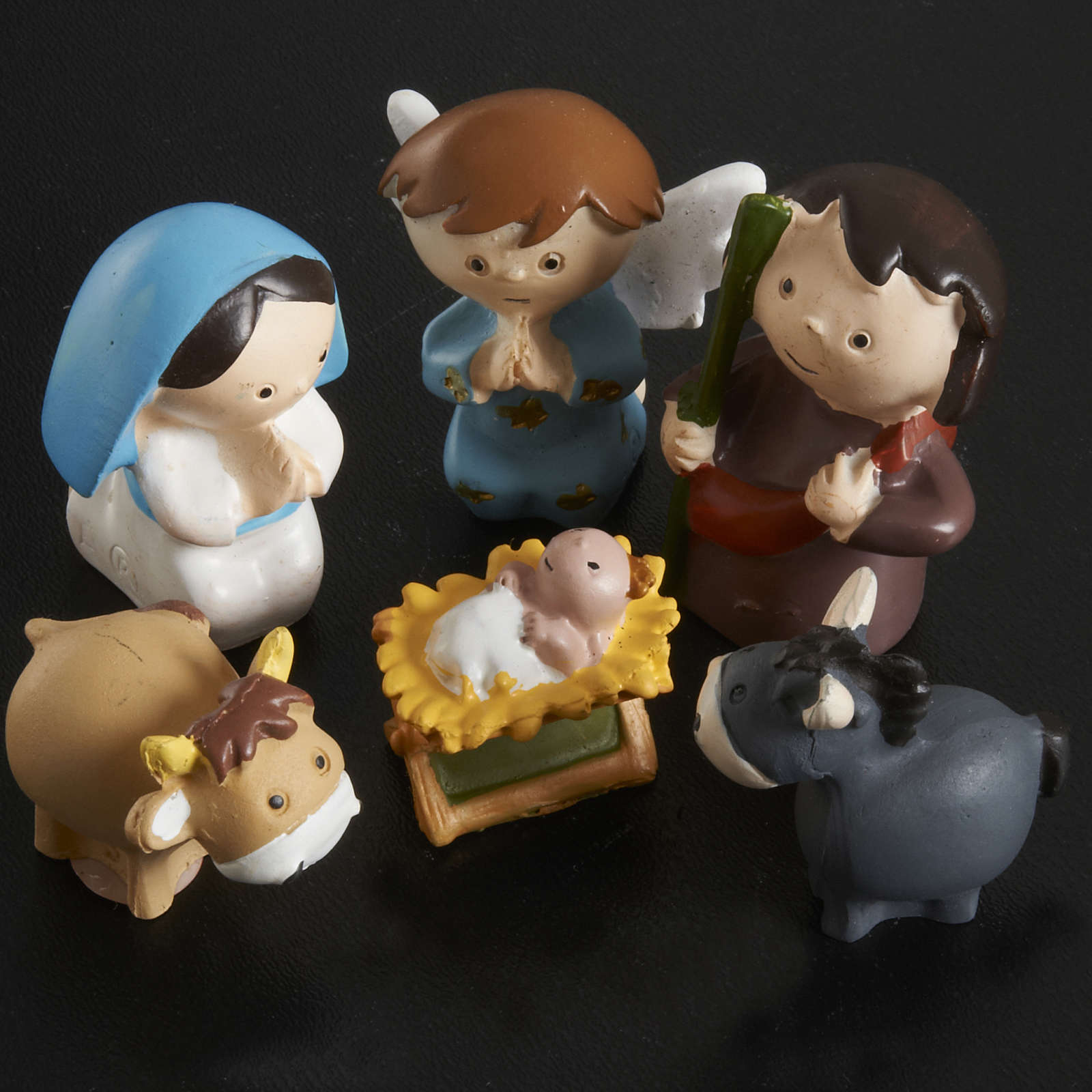 Nativity scene in coloured resin, 20 figurines 4,5cm 4