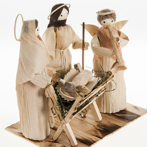 Pesebre estilizado con ángel hecho de la hoja del maiz 2