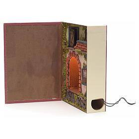 Borgo illuminato con grotta rialzata in libro 30x24x8 cm s2