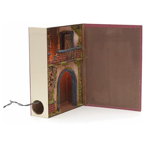 Borgo illuminato con balcone e grotta in libro 30x24x8 cm 2
