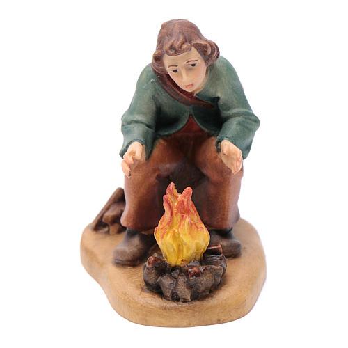 Pasteur devant feu 12 cm bois peint crèche Val Gardena 1