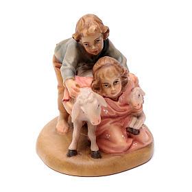 Belén Val Gardena: Niños con ovejas 12 cm madera pesebre mod. Valgardena