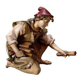 Belén Val Gardena: Pastor de rodillas con leña belén Original madera pintada Val Gardena 12 cm de altura media