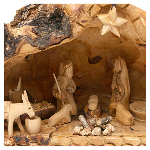 Holy Family in uneven Cave in Olive wood from Bethlehem 20x30x20 cm 2