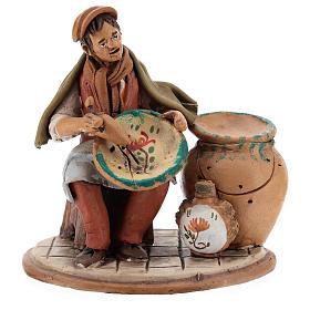 Santon crèche de Noël décorateur d'assiettes terre cuite 18cm s1