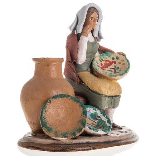 Santon crèche de Noël vendeuse de vases 3