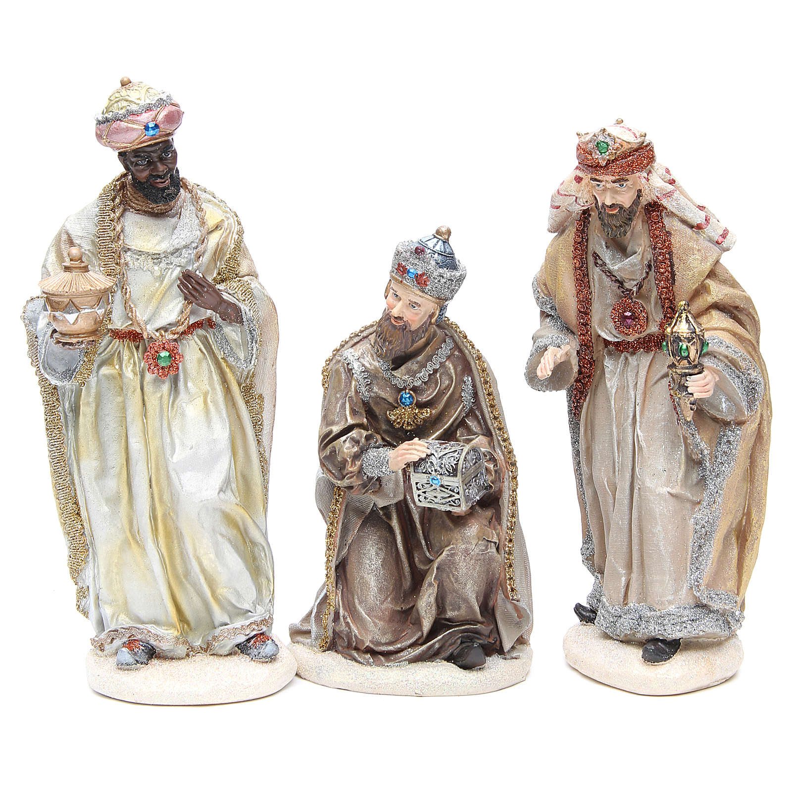 Nativity measuring 31cm, in resin with multi Gold finish 3