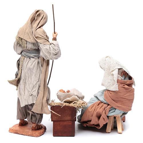 Nativité 30 cm résine tissu et tabouret 4