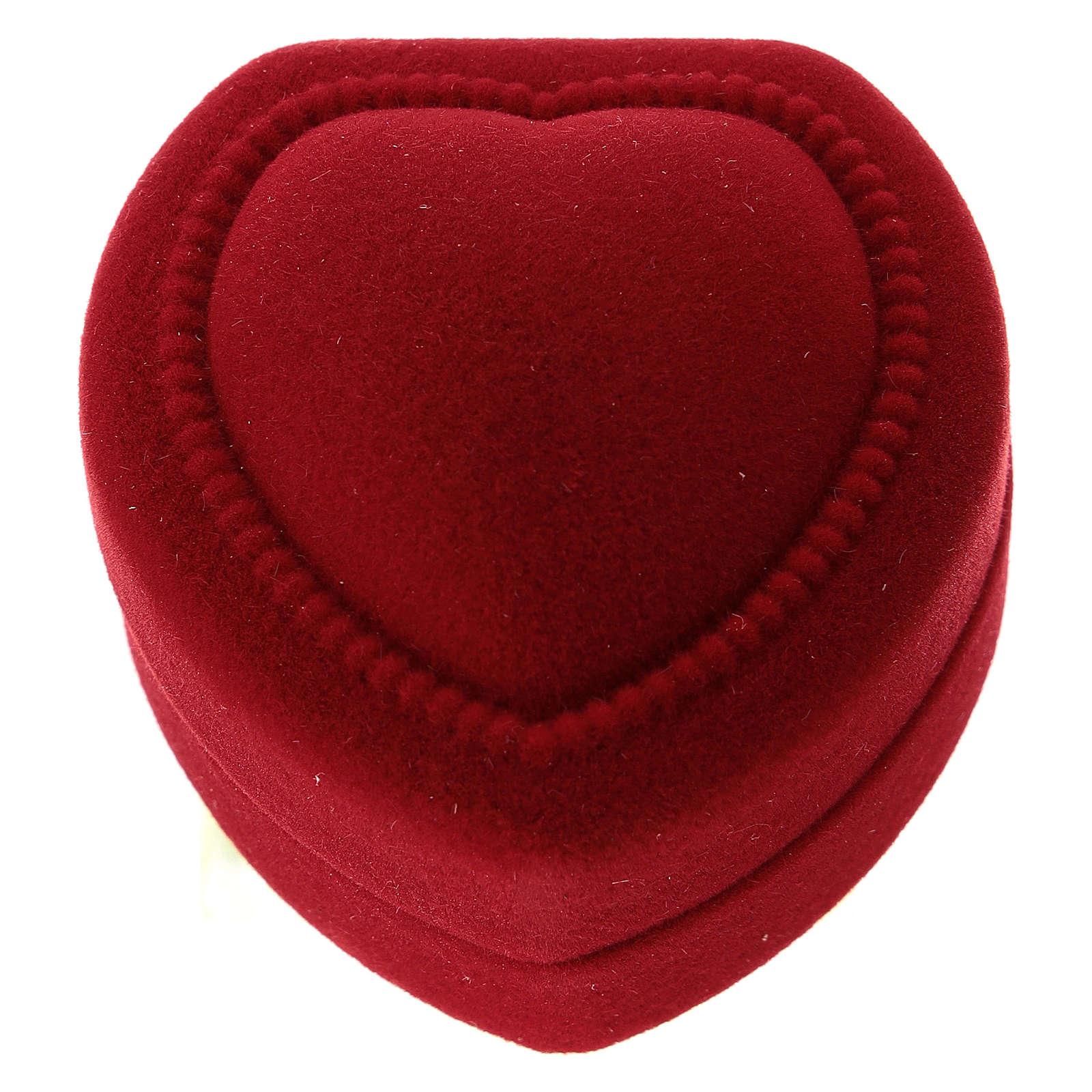 Coffret coeur avec nativité velours rouge 3