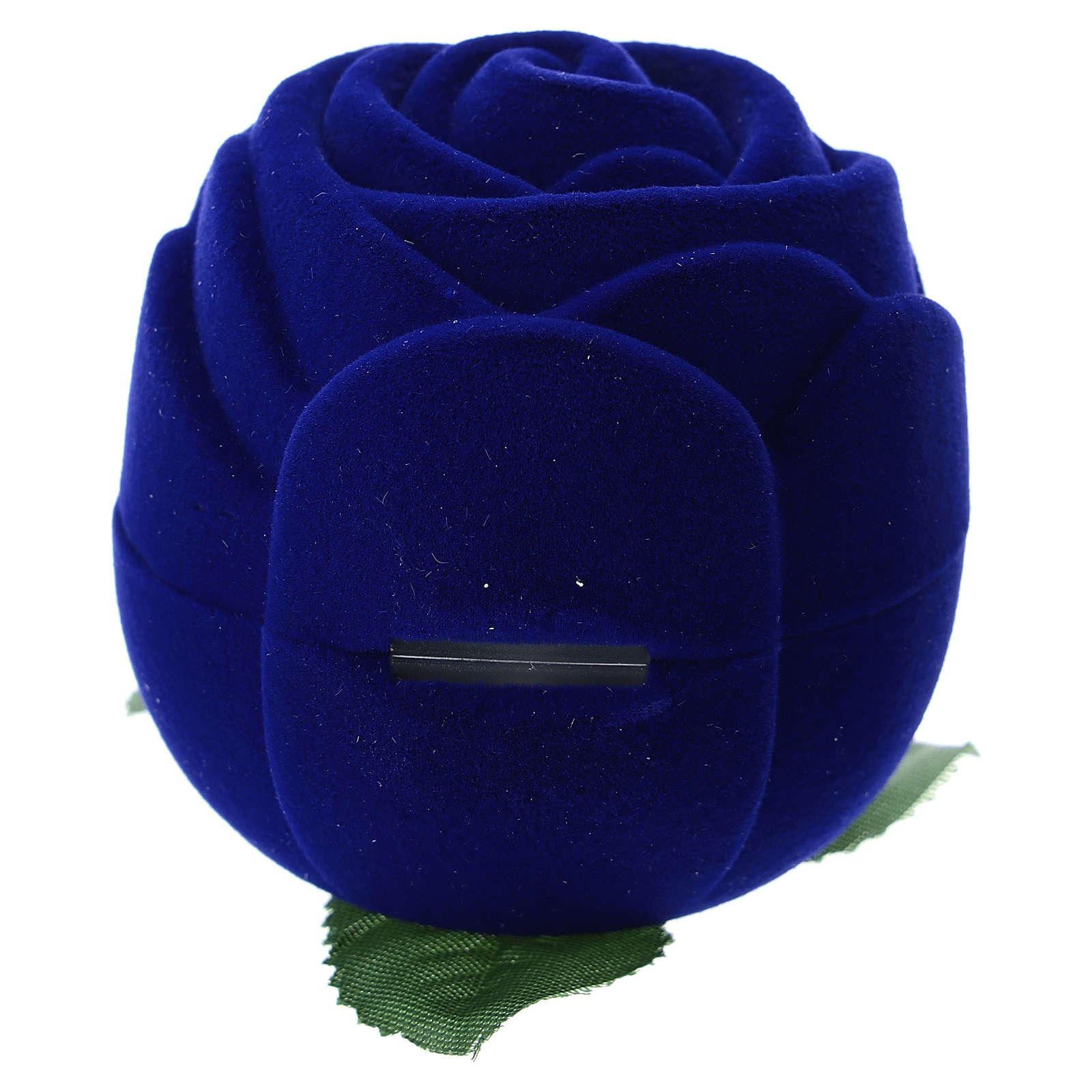Cofre rosa terciopelo azul con natividad 3