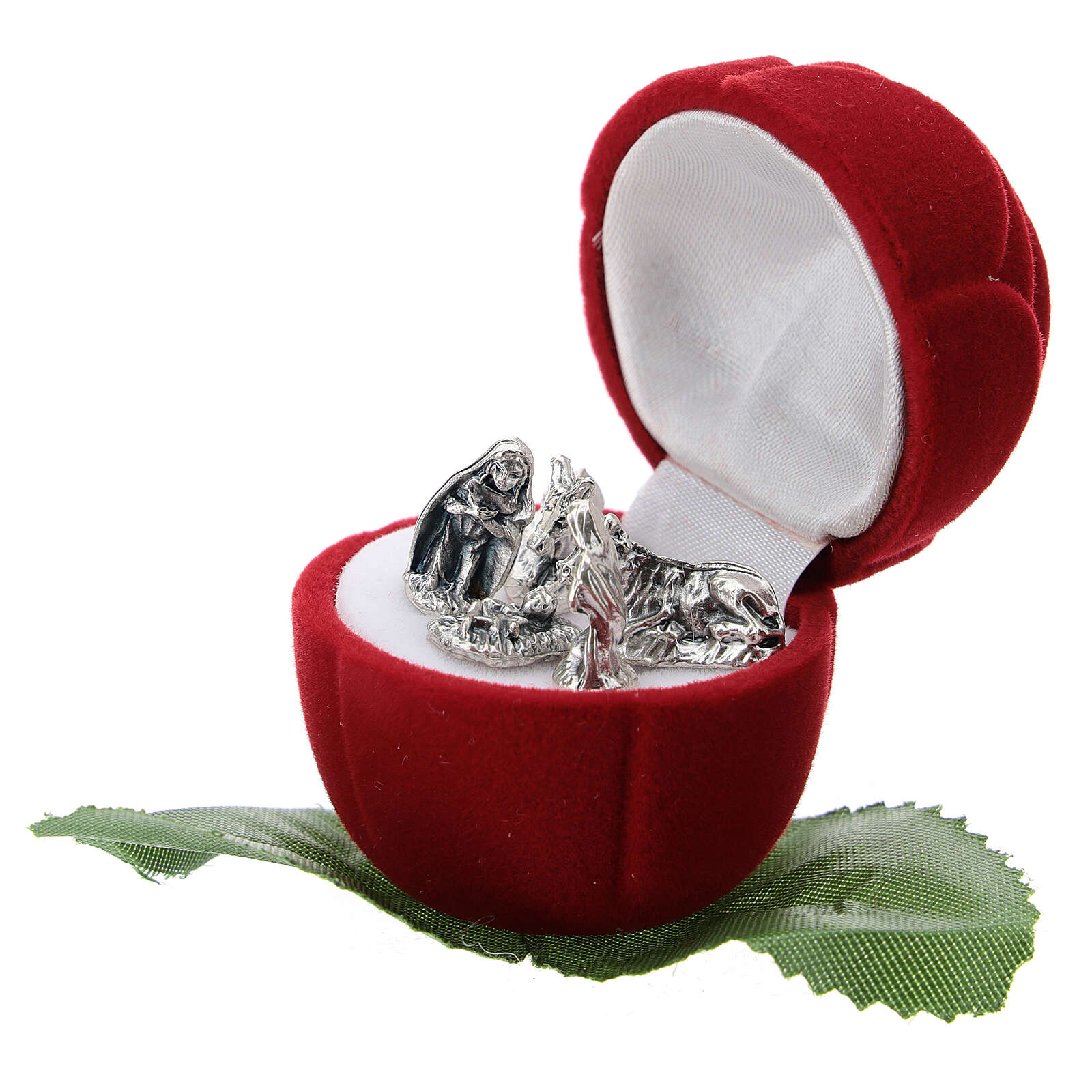 Small rose-shaper red velvet case with Nativity 3