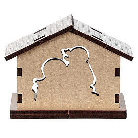 Wooden stable with Holy Family image s4