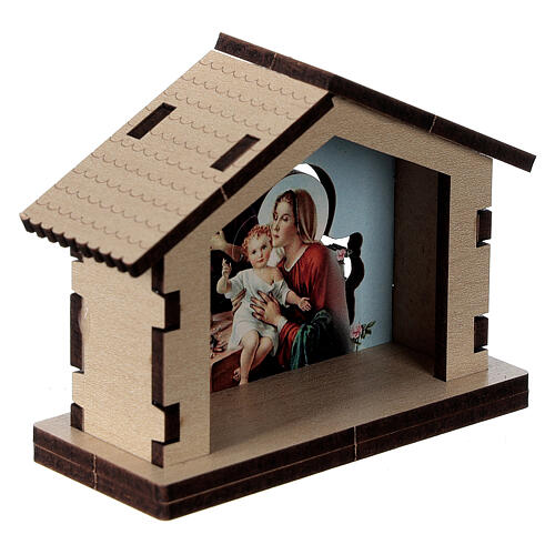 Wooden stable with Holy Family image 3