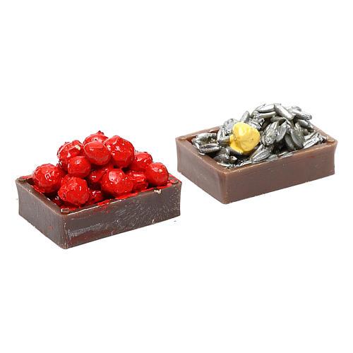 Pareja de cajas de fruta, hortalizas y pescado para el pesebre 2