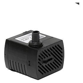 Bomba de agua y motores para movimientos: Bomba de agua para el pesebre hecho por ti de 5 w.
