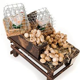 Banchetto legno uova e galline in terracotta presepe s3
