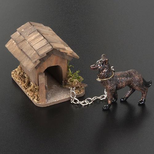 Perro a la cadena para belén de 10 cm 3