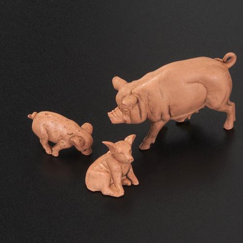 Famiglia di maiali per presepe 6 pz. 10 cm 2