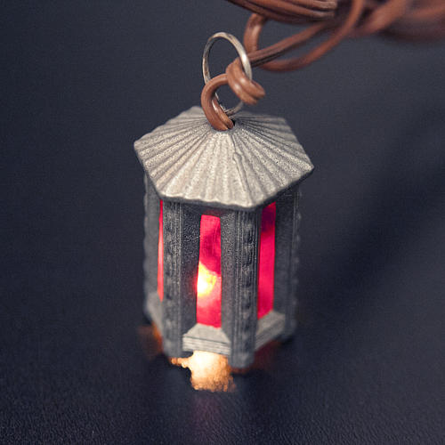 Nativity accessory, metal hexagonal lamp with red light, 3.5cm 2