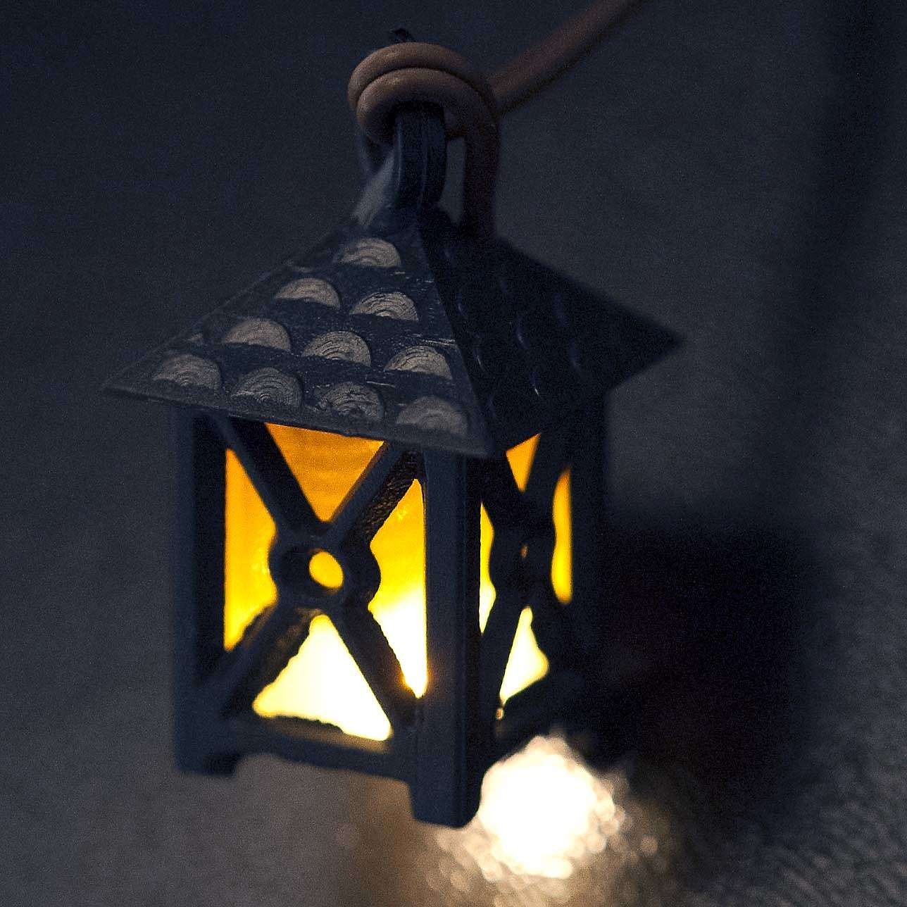 Lantern for nativities with yellow light, low voltage 4