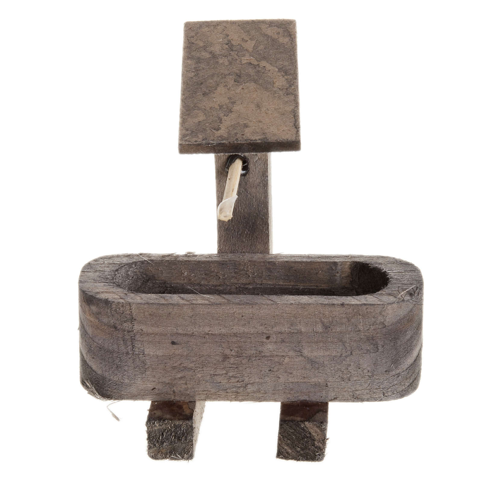 Fontanna imitacja z drewna do szopki 4