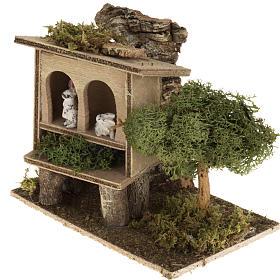 Conigli nella conigliera 8-10 cm: ambientazione rurale s3