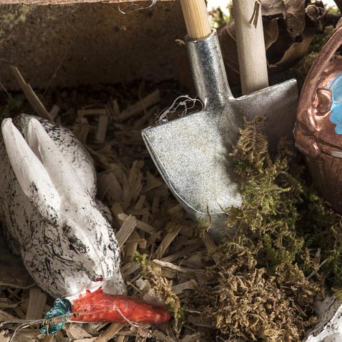 Nativity scene figurines, rabbits and setting 4