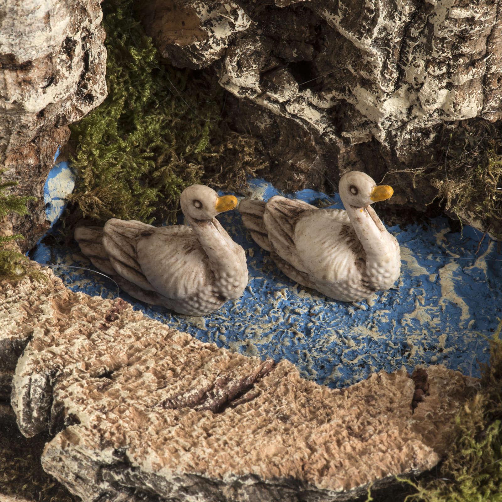 Chèvre avec oies dans bassin milieu crèche Noel 3