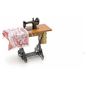 Machine à coudre en miniature pour crèche de noel s3