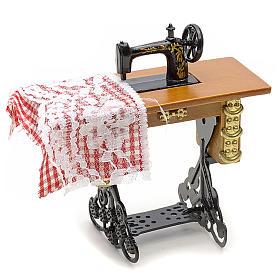 Accessoires maison en miniature: Machine à coudre en miniature pour crèche de noel
