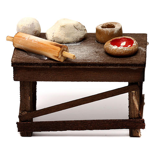 Neapolitan Nativity scene accessory, pizza table 1