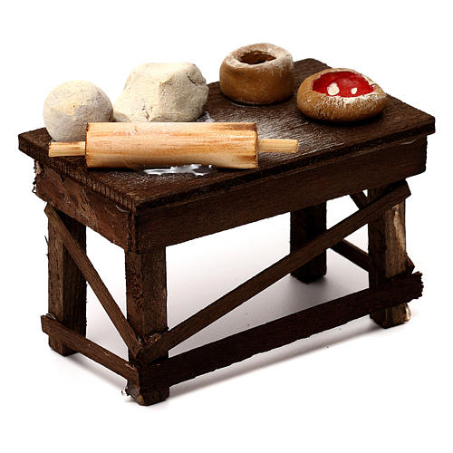 Neapolitan Nativity scene accessory, pizza table 3